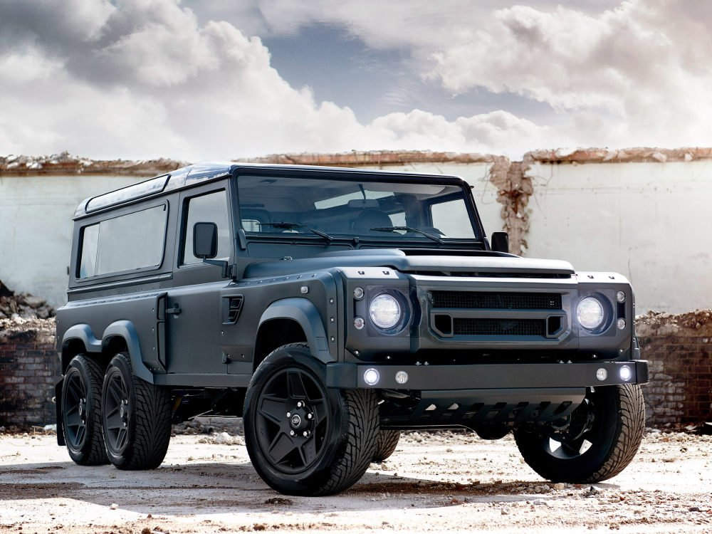 Kahn Design Flying Huntsman 110 WB 6x6 koncept 2015