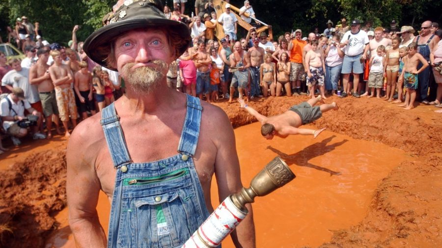 Contestants Get Dirty At Annual Redneck Games