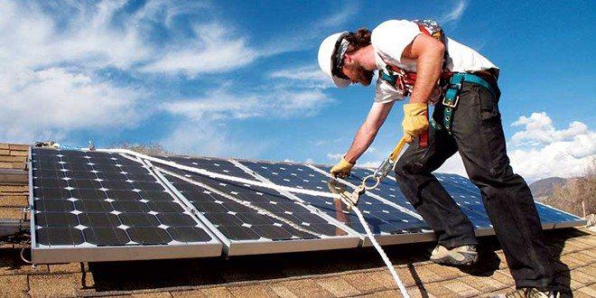 monocrystalline-solar-installation-e1372104826549