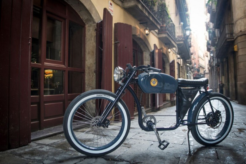 otocycles-unveils-cafe-racer-inspired-e-bikes3