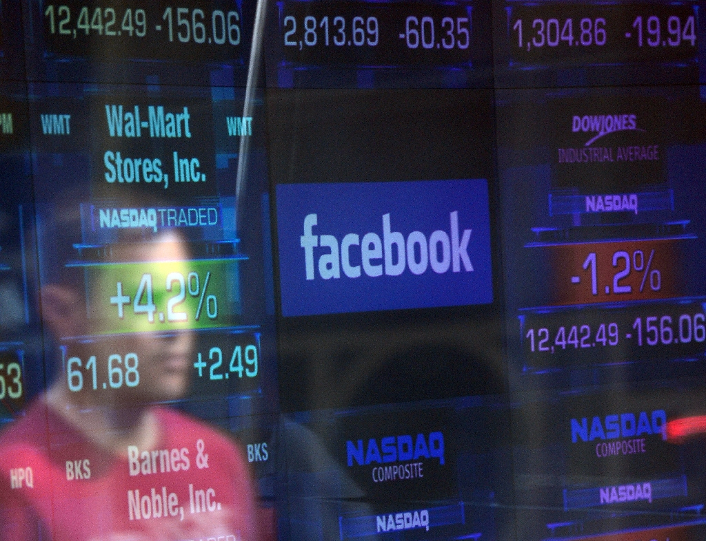 Facebook-investor-class-action-suit-to-move-forward