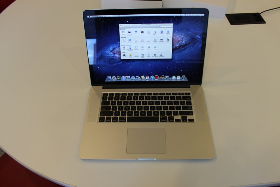 if-youre-looking-for-the-apple-laptop-with-the-best-screen-go-with-the-macbook-pro-with-retina-display