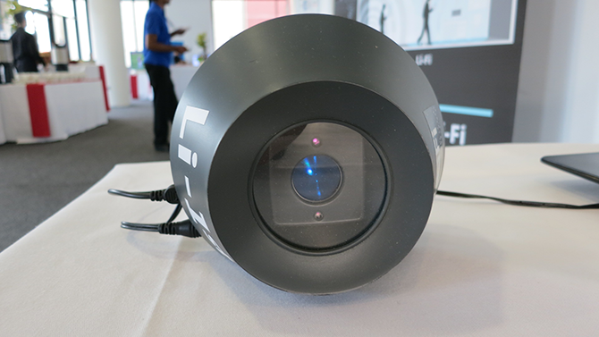 LED žiarovka schopná vysielať Li-Fi