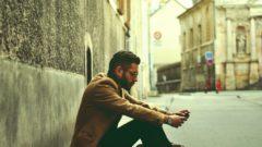 man_model_hipster_street_city_101267_2560x1024