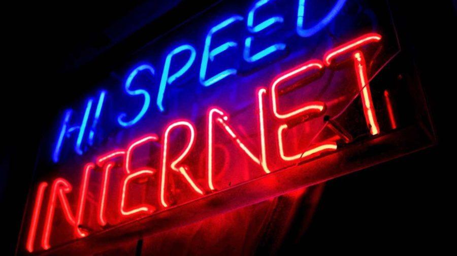 Hi_Speed_Internet_Neon_Sign_Minneapolis_4573842992