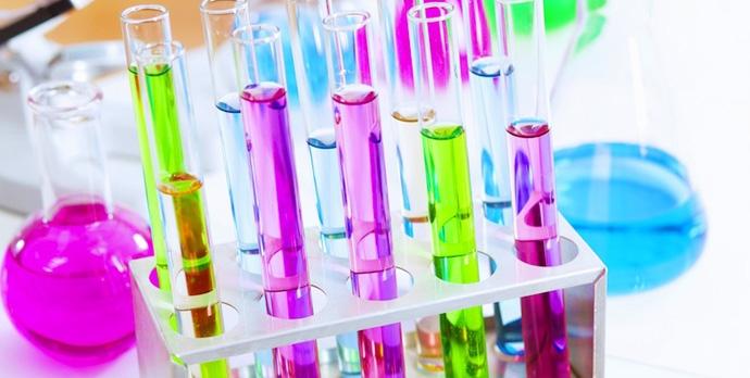 485_10_Laboratory_glass_44280293