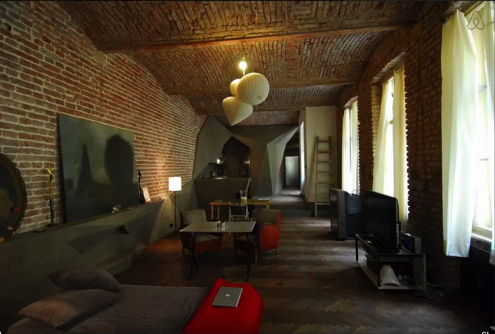 Cubist-Apartment-Prague-Airbnb