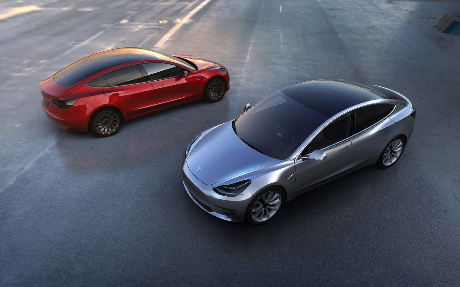 the-people-who-blind-ordered-a-tesla-model-3-will-not-be-disappointed_2