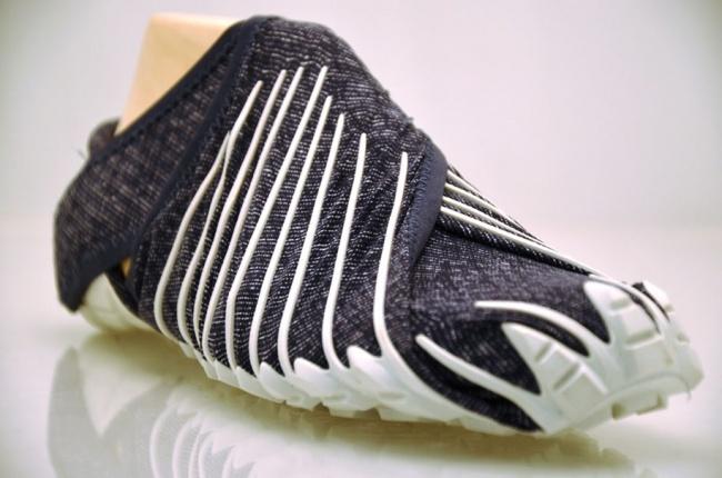 19455-R3L8T8D-650-995010-R3L8T8D-650-japanese-inspired-wrap-around-shoes-furoshiki-vibram-3
