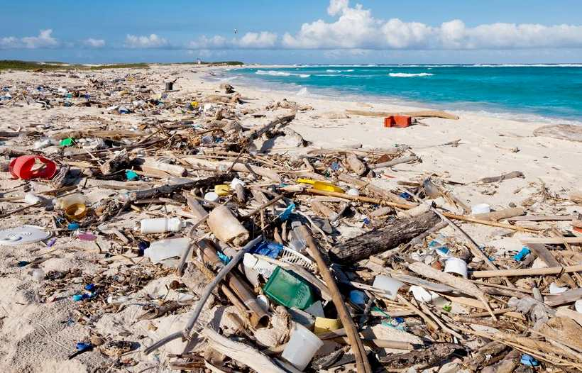 Plastic-Beach-Waste-Litter-Aruba-Corbis-Paul-Souders
