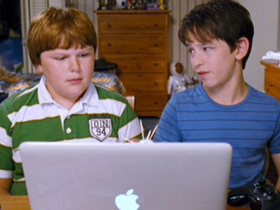 diary_of_a_wimpy_kid_rodrick_rules_macbook_2