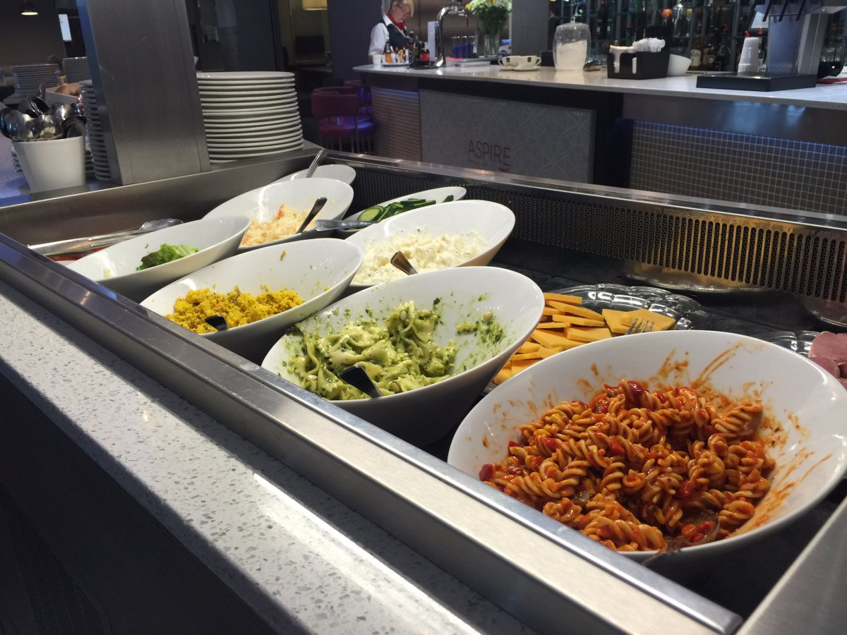 the-lounge-serves-hot-food-