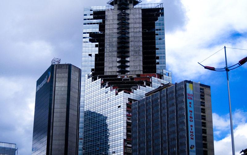 Torre Confinanzas