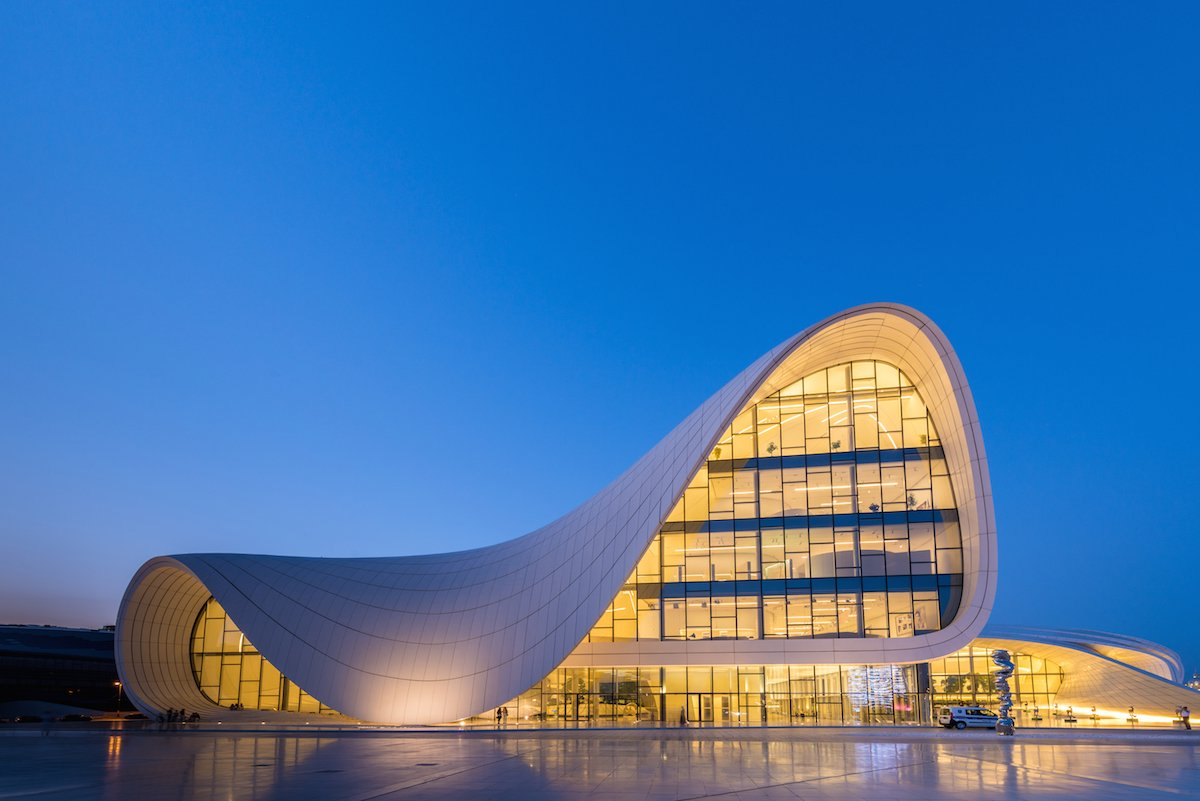 2-zaha-hadids-heydar-aliyev-centre-in-baku-azerbaijan-embodies-the-architects-signature-curvy-dramatic-style