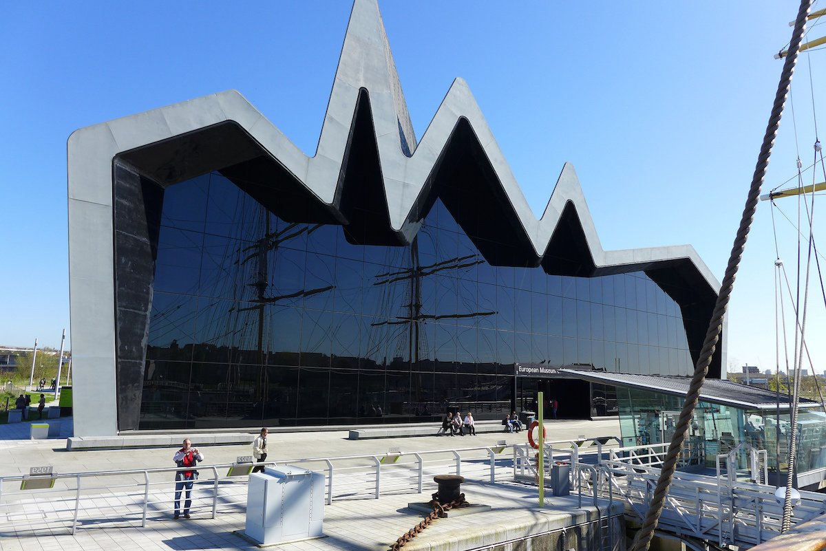 6-the-118-foot-tall-zinc-roof-on-the-glass-fronted-riverside-museum-designed-by-zaha-hadid-makes-a-startling-impression-on-the-shore-of-the-clyde-river-in-glasgow