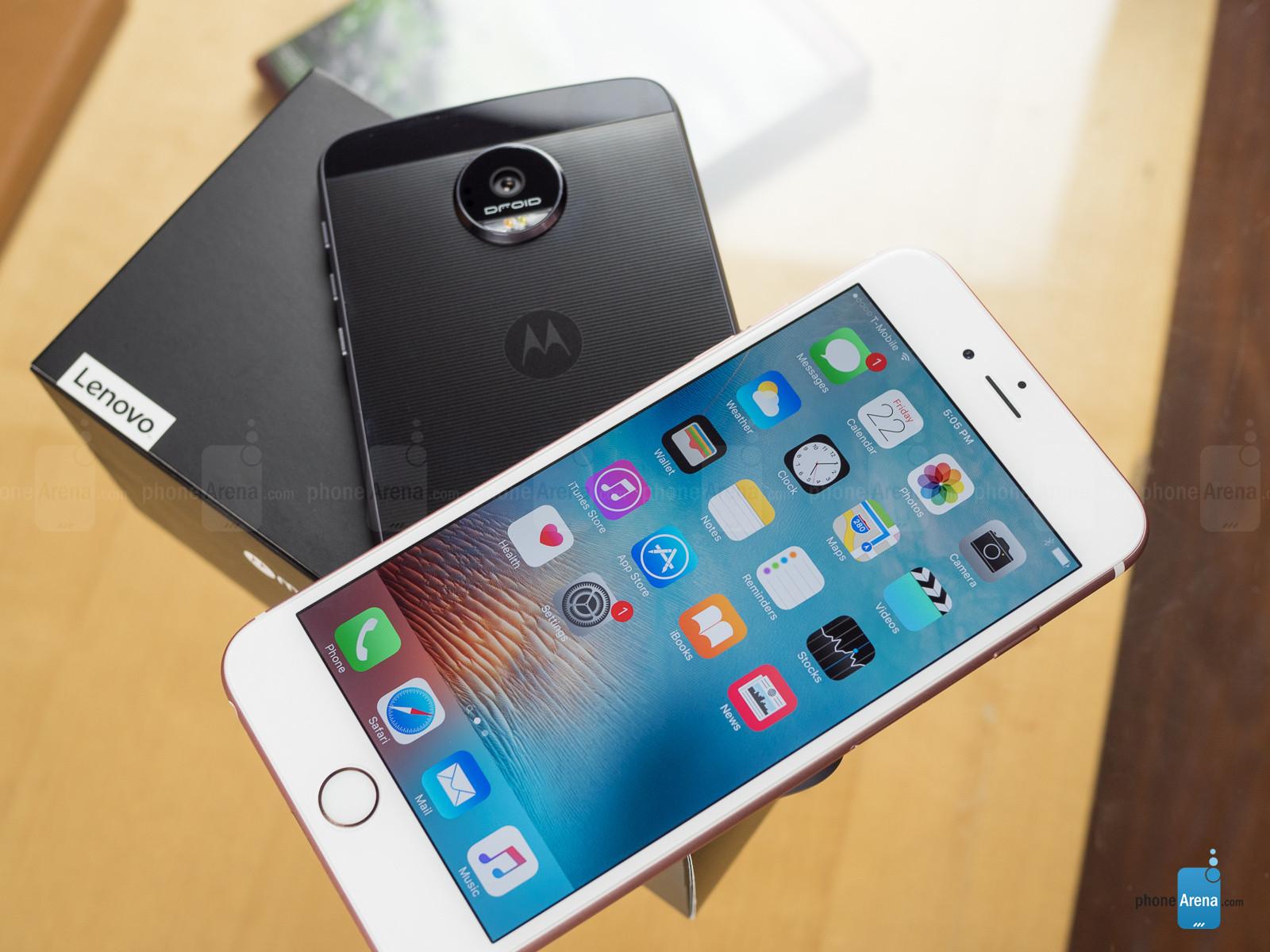 Moto-Z-Force-Droid-vs-Apple-iPhone-6s-Plus-018