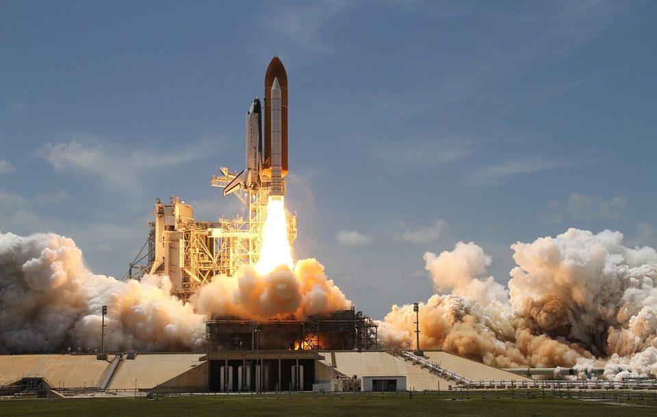 rocket-launch-67723_960_720