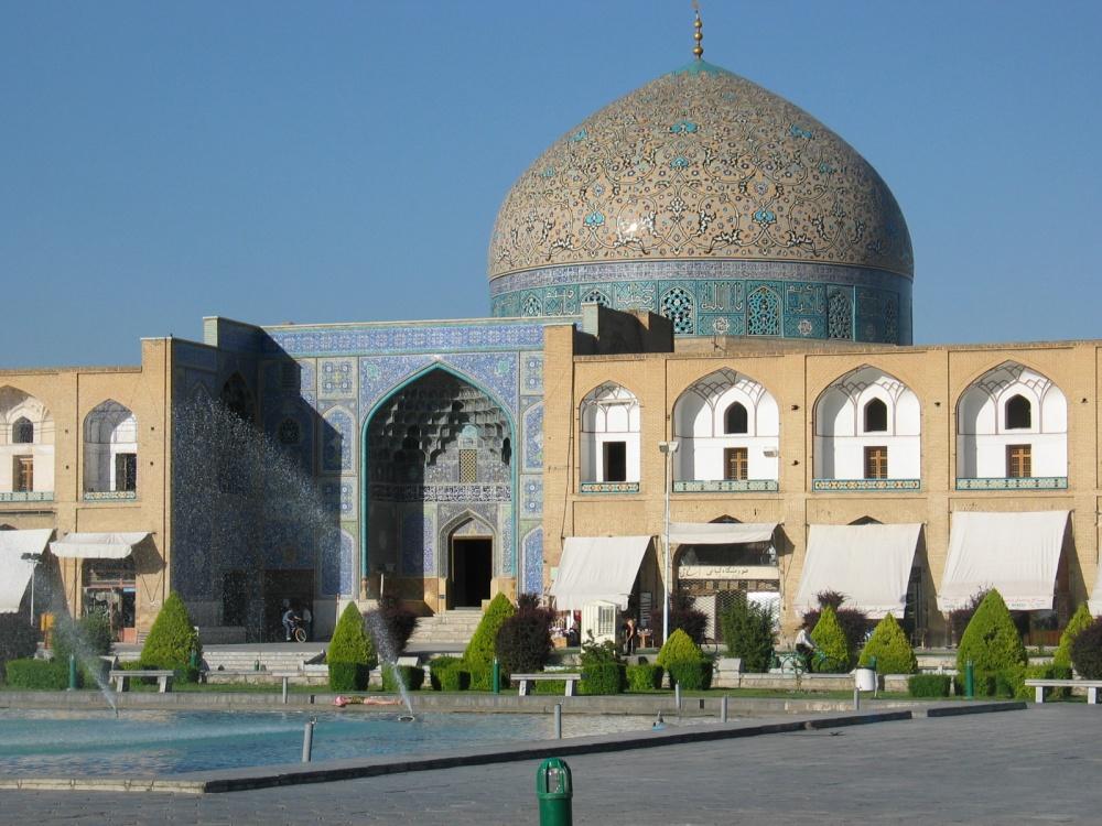 160955-sheikh_lotfallah_esfahan-1000-6330c4be75-1474271515