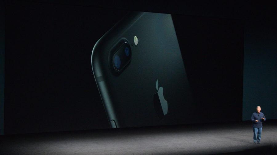 apple-iphone-watch-20160907-4724