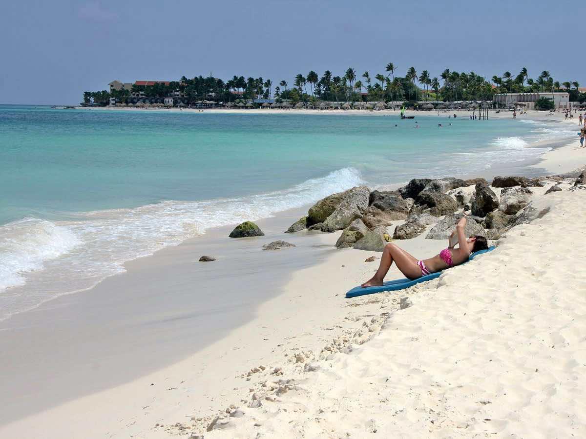 best-for-beach-bums-aruba