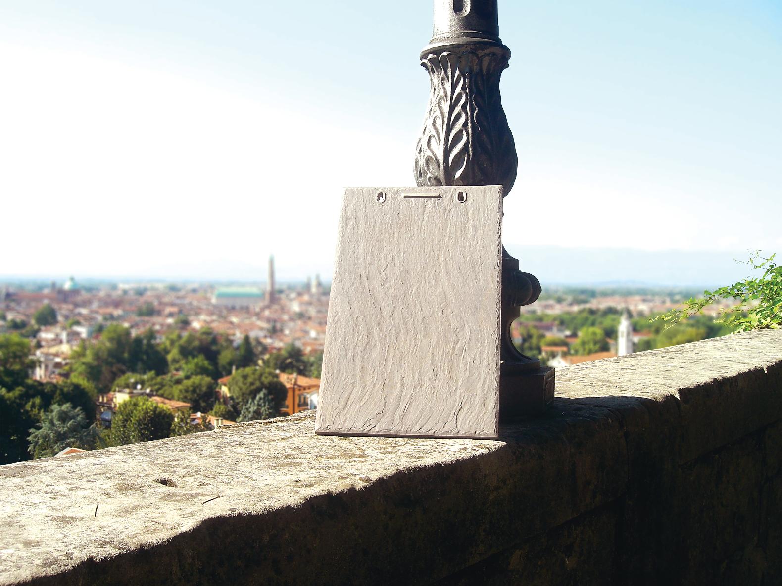 invisible-solar-slate-shingle