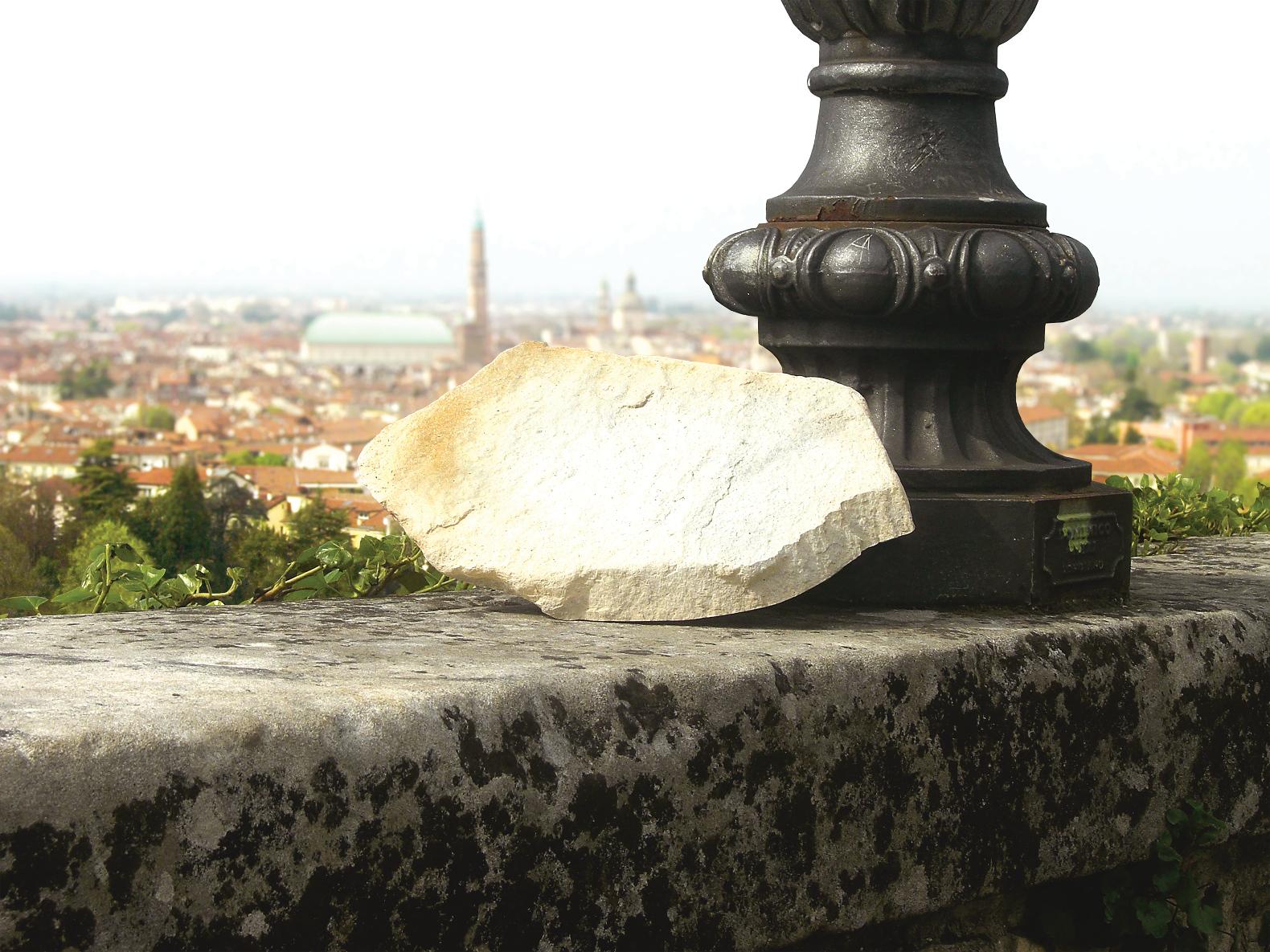 invisible-solar-stone