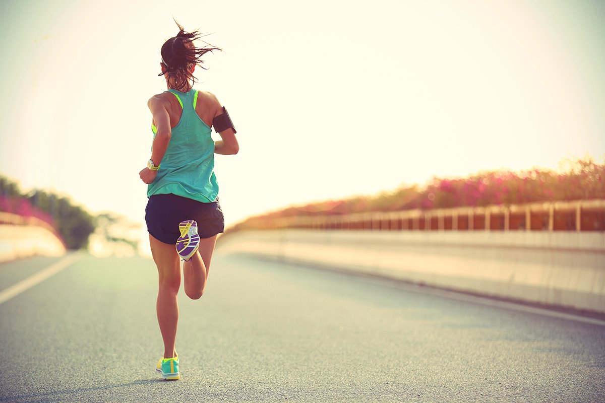 1200-woman-running-on-road