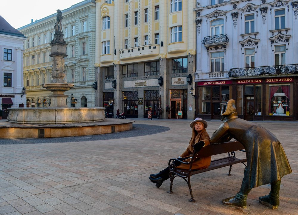 bratislava-old-city-winter-road-trip-in-europe-2