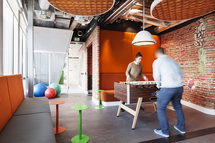 game-room-for-google-employees