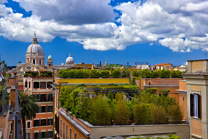 france-italy-green-roof-solar-panels-2