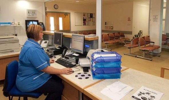 hospital-reception-479524