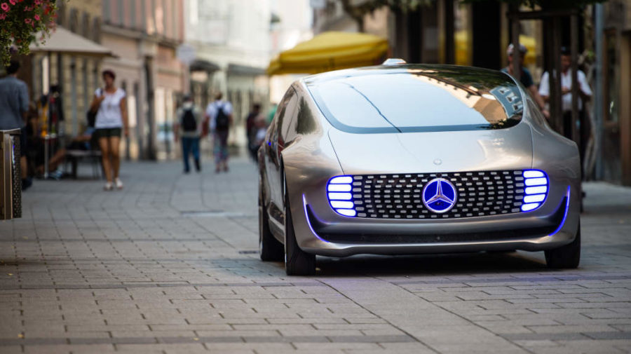 Der F 015 Luxury in Motion auf dem Ars Electronica Festival in L