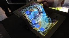 the-tri-fold-oled-screen-will-change-how-you-see-smartphones-gallery-463891-3