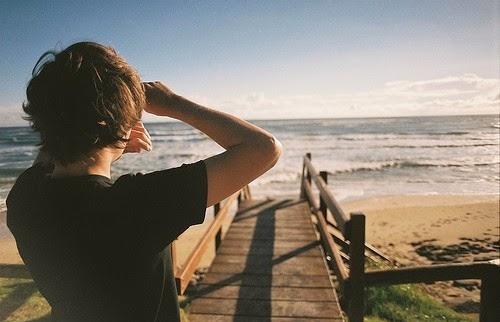 alone-boy-sad-cute-beach1