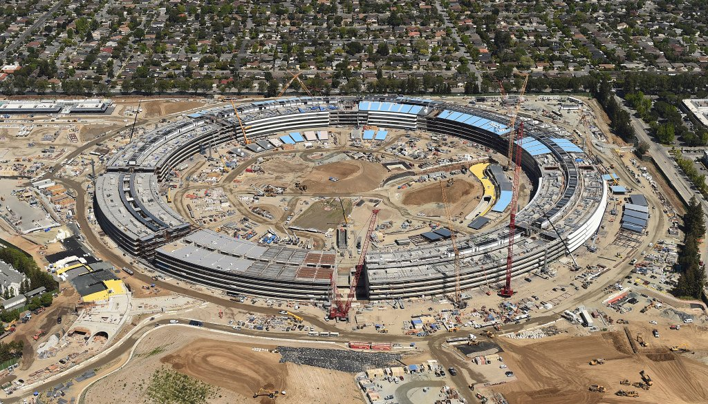The Apple Campus 2 is seen under construction in Cupertino, California in this aerial photo taken April 6, 2016. REUTERS/Noah Berger - RTSE2L5