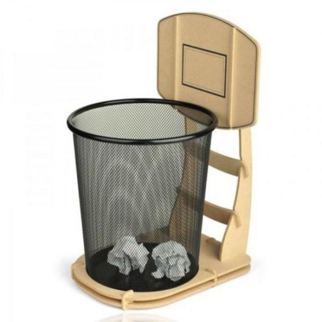 1221160-basketball-waste-basket-1476712726-650-5320e81fb5-1476773894