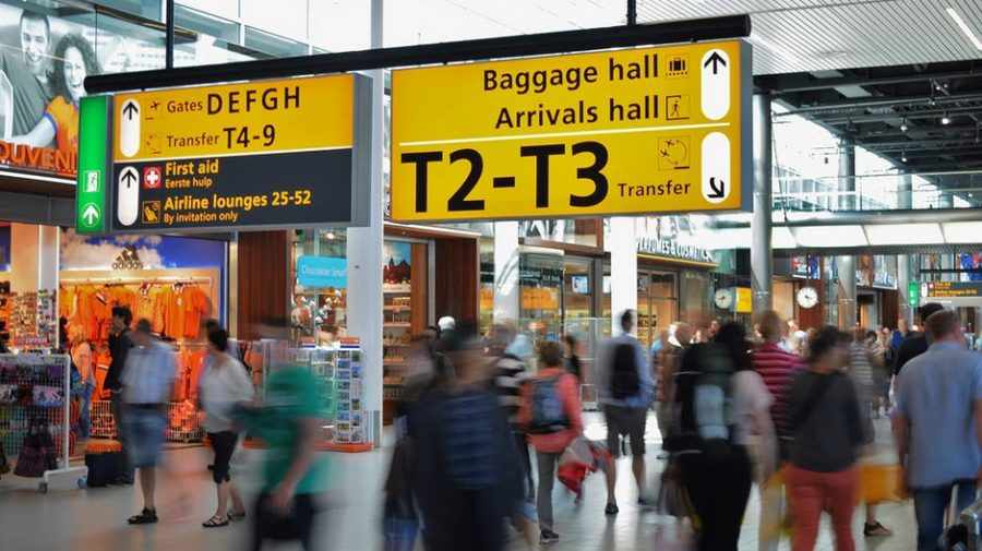 people-sign-traveling-blur