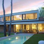 Nízkoenergetický dom, pri ktorom bol dôraz kladený na prírodné materiály, sa nachádza vblízskostilesa