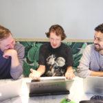 Programátori, ktorí používajú medzery sú bohatší