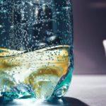Je balená voda podvodom storočia?