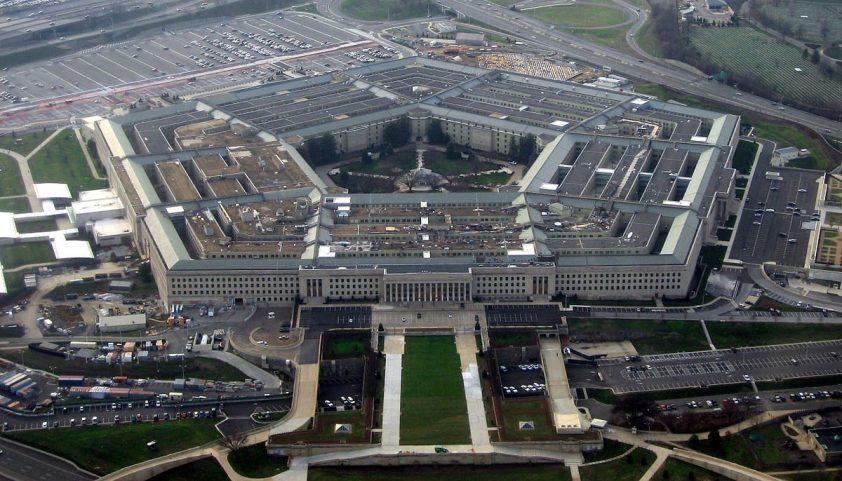 pentagon proti trumpovi
