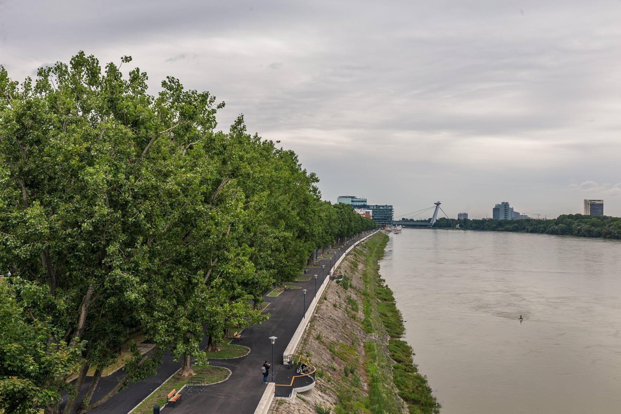 c38c5ed5a Vďaka lepšiemu prepojeniu mesta s riekou by sa podľa odborníkov mohla stať  naozajstnou európskou metropolou.