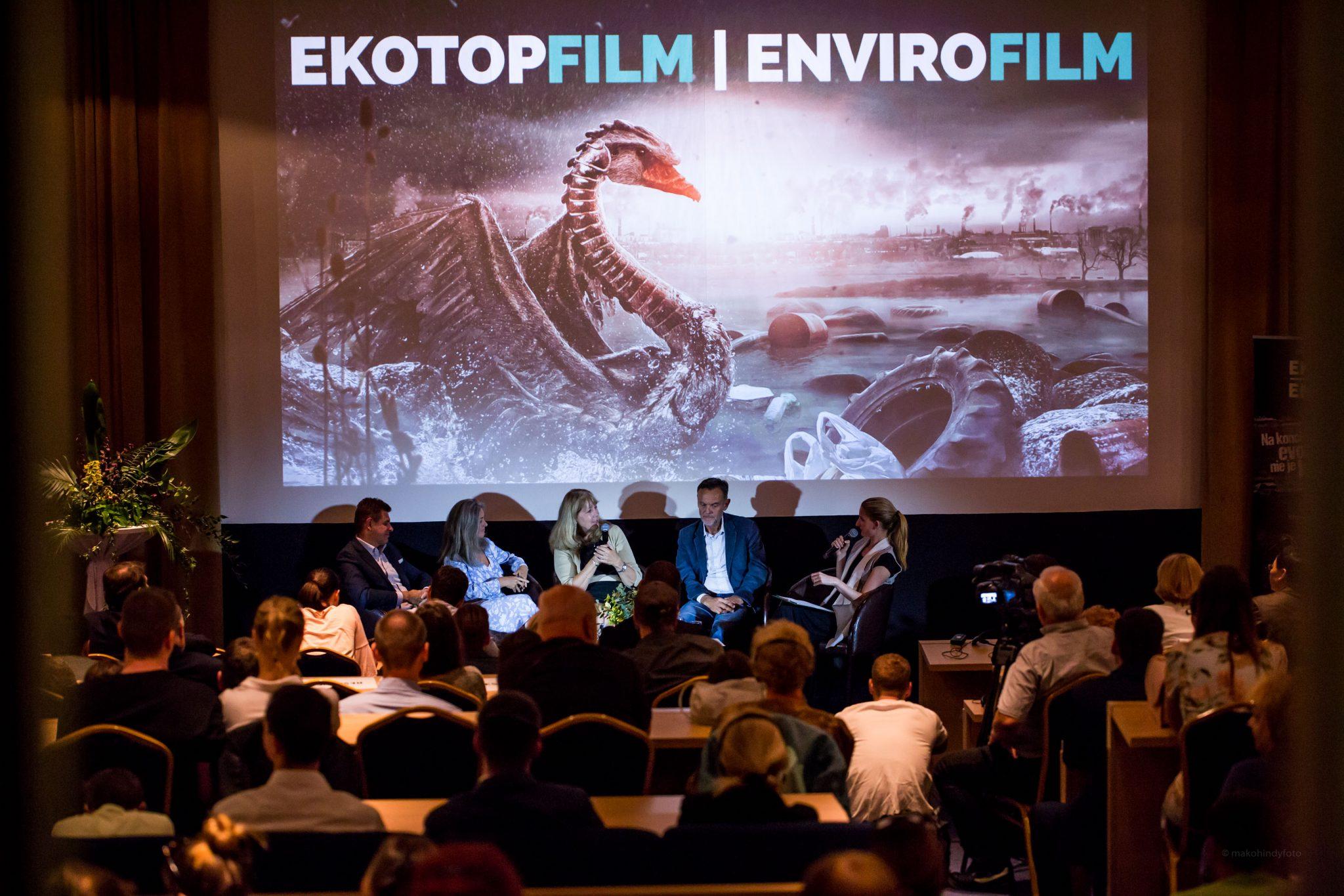 Adela Ban+í+íov+í s hos+ąami tohtoro_Źn+ęho festivalu Ekotopfilm - Envirofilm v Bratislave, Paul Lister, Maryanne Culpepper, Polly Higgins, L+íszl+- S+-lymos