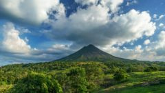 volcano-2355772_1920