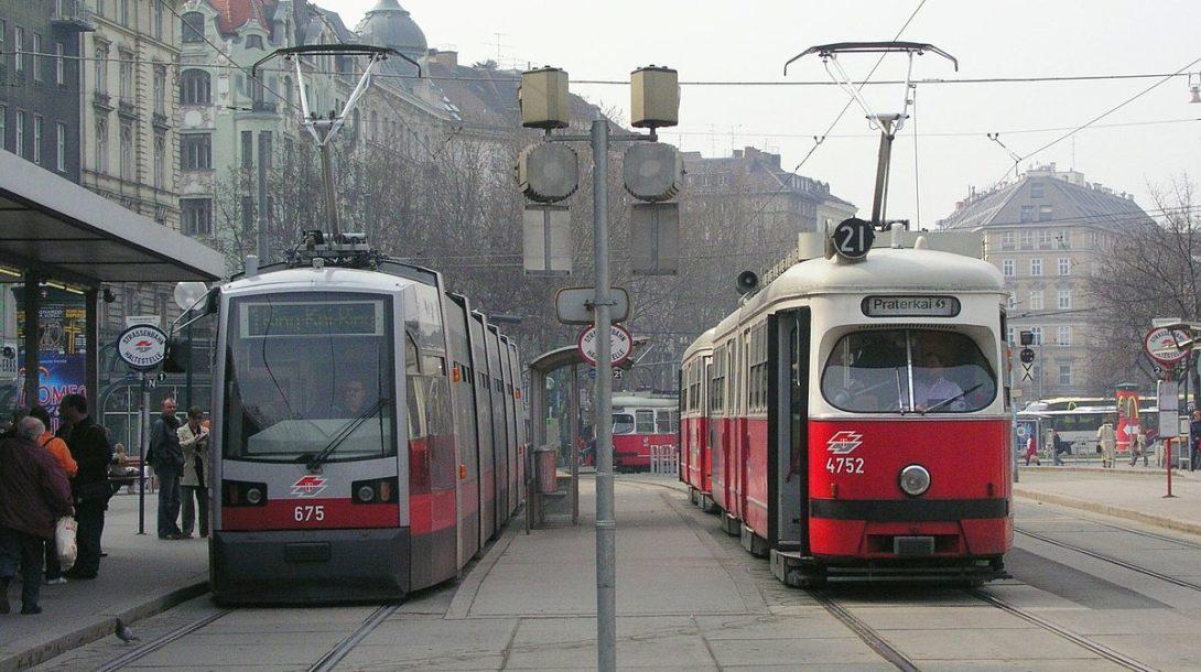 1200px-tramwien_schwedenplatz