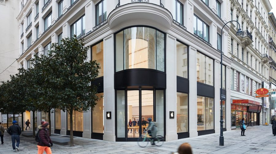 vienna_apple_store_exterior_hero_022118