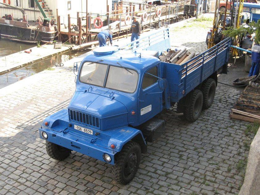 nákladné vozidlo