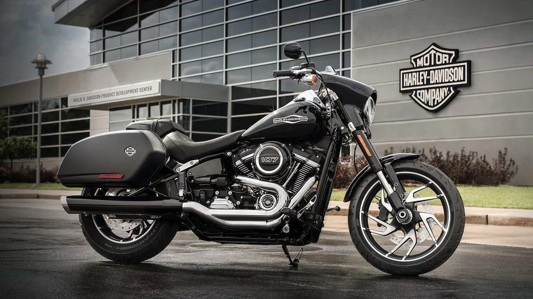 Harley-Davidson-Find-Your-Freedom-Internship-00