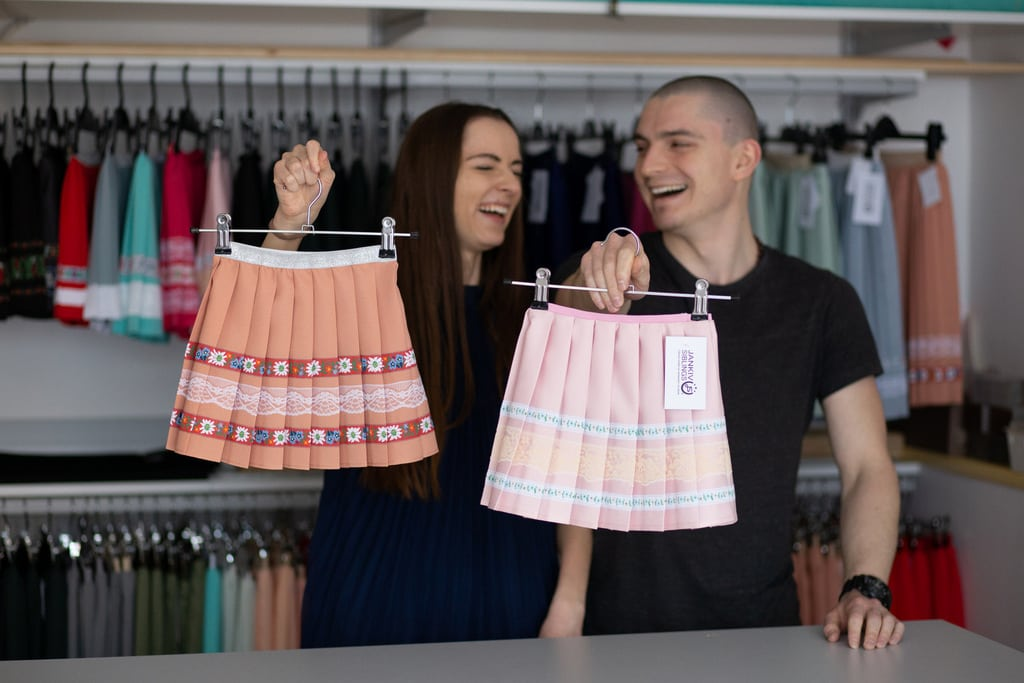 Karolína a Michal z Prešova sa rozhodli postaviť svoj biznis na technike, ktorá sa nevidí tak často. Volá sa plisovanie.