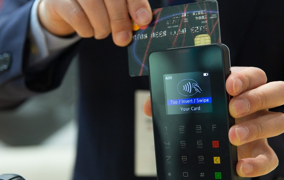 credit-card-1730085_960_720